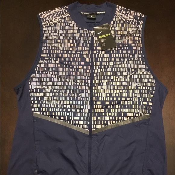 713d22272567 Nike Aeroloft Flash Running Vest NWT msrp  280